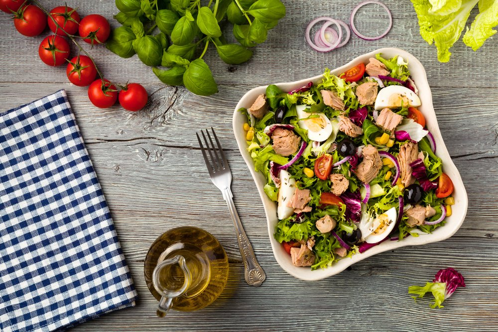 What I Learned After Eating Salads For 30 Days