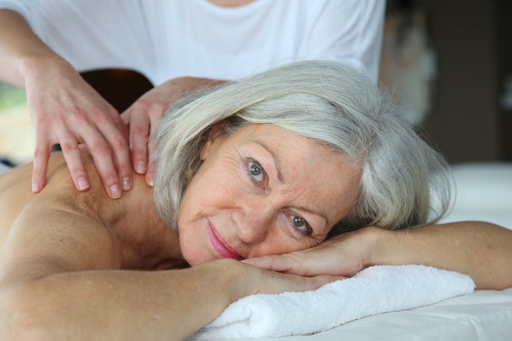 Is-massage-beneficial-to-seniors